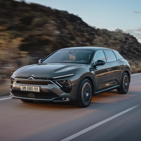Citroën presenteert de C5 X-2021-04-20 14:58:54