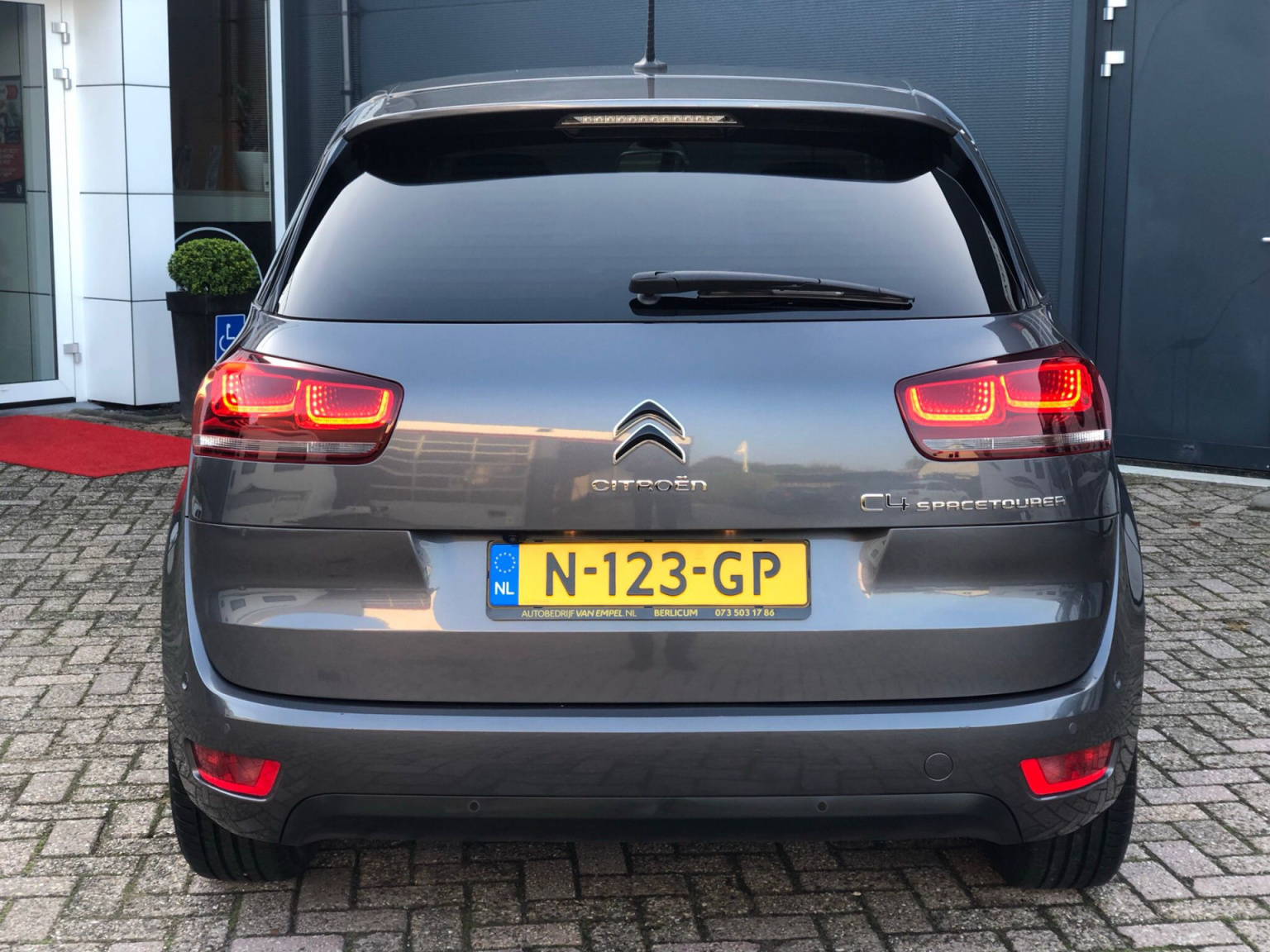 Citroën-C4 Spacetourer-4