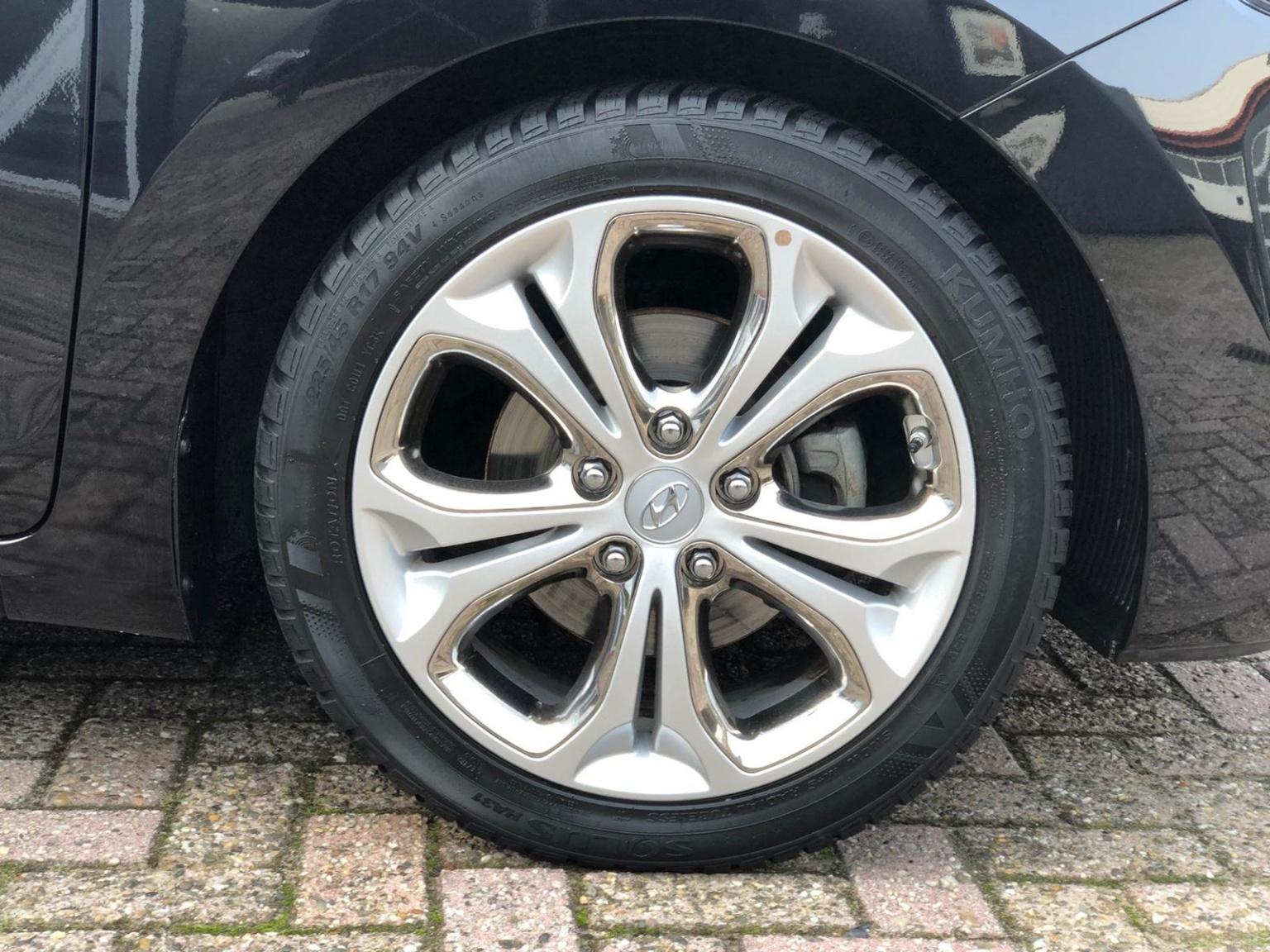Hyundai-i30-19