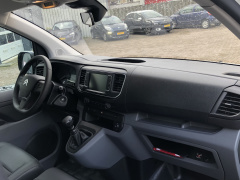 Citroën-Jumpy-10